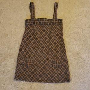 Dress (overall type)